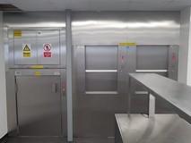 Double monte-plats SKG ISO-A et monte-charge ISO-D