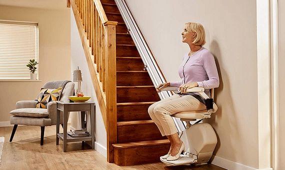Image de siège monte escalier droit intérieur